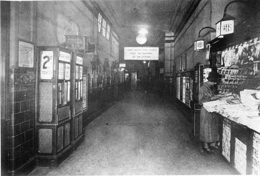 Brompton Road station booking office in the 1920s